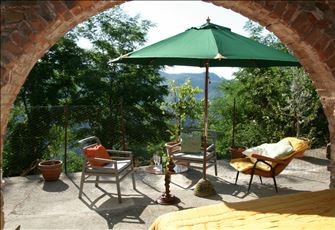Holiday Let in Tereglio. Charming Hilltop Town