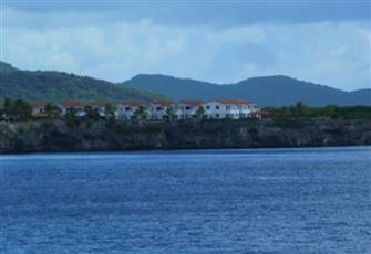 Oceanfront, 3 Bedroom Property, Lovely Location