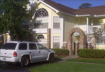 Relaxing, Comfortable Condo Just 4 Miles from Disney!