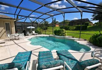 Good Gorgeous Home With Private Pool, 5 Bed / 4.5 Bath And Near Attractions