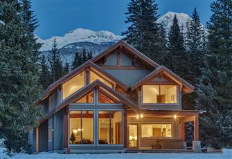 Nicklaus north accommodations whistler resort vacation for Whistler cabin rentals