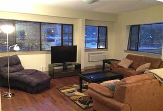 Luxurious Upgraded 2 Br