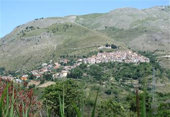 The Real Italy... Tiny Hilltop Town