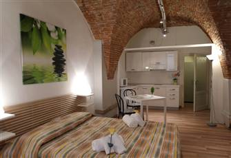 Lucca Historical Center - a Romantic Studio with Air Conditioning and Wifi