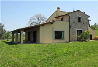 Old Country House in Umbria (Central Italy), 45' Drive North of Rome, Sleeps 12