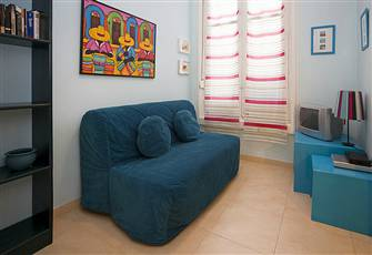 Warming Studio Apartment in Superb Location Madrid Historical Centre Gran via 2