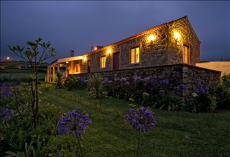 Cozy Self Catering Rural Stone House with Sea and Mountain View