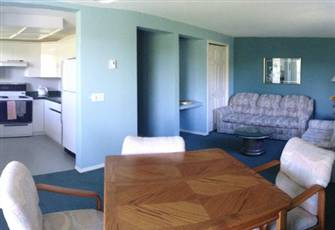 835 Ft Deluxe one Bed,Kitchen,Walk out Patio, Free Golf at Lake Okanagan Resort