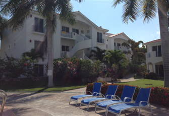 Beautiful Tropical Condominium on Private El Cid Golf Course in Mazatlan