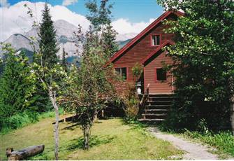 Harnett's Holiday Home, Hot Tub, Mountain Views, Sleeps 10, Wonderfully Secluded