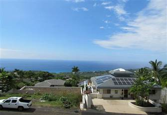 Gorgeous Ocean Views and Great Location