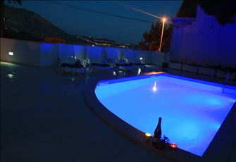 Sunny Apa, for2 with Shared Pool  Seaview, Wifi, 8km Away from Dubrovnik