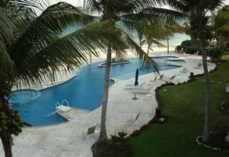 Peace and Tranquility, Family Friendly, 3 Bed 3 Ba 2400 Sqft. Beach Front Villa