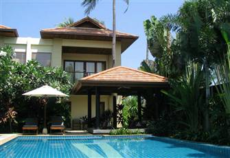Luxury Pool-Side Villa/Duplex Set in Convenient Yet Peaceful Location