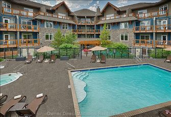 Blackstone Mountain Lodge - Outdoor Pool Area