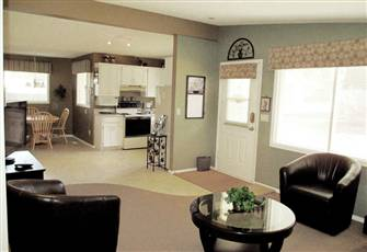Family Vacation Suite Rental in Kelowna, Quiet & Restful