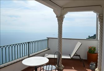 Holiday Home in a Small Historic Building Located in the Heart of Ravello