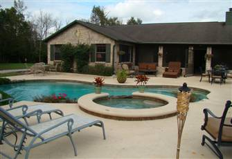 4 Br / 2 Ba Gated Equestrian Ranch with Pool Hot Tub