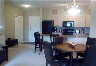 Lovely 2 Bedroom 2 Bath Condo