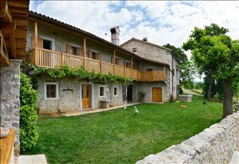 Asa Residence  Luxury Villa for Rent in the Ecological Slovenian Countryside