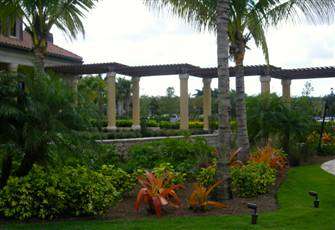 Golf / Condo Package in Beautiful Treviso Bay, Naples