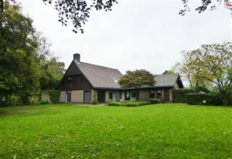 Villa Next to Amsterdam and Schiphol Airport with Huge Private Garden