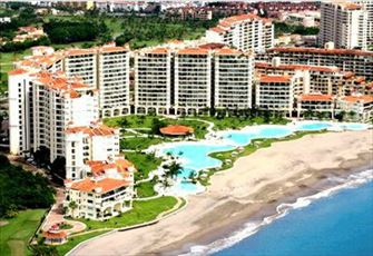 Bayview Grand in Marina Vallarta; 2 Bedroom Unit on the Pacific. Canadian Owners