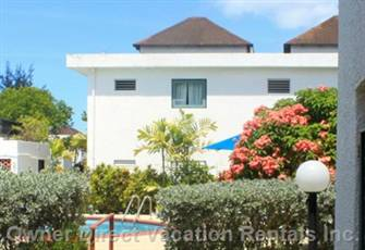 Lovely 1-Bedroom Vacation Rental on Rockley Golf Course