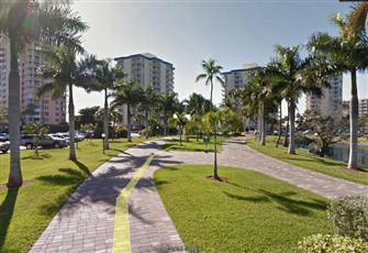 Ocean Front Condo at Grate Price