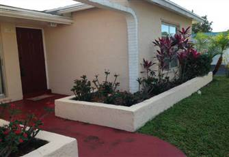 Beautiful and Fully Furnished Florida Vacation Home - 3bed/2bath