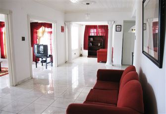 Montego Bay Self Catering Vacation Rental Accommodation 4 Bedrooms Sleep 9