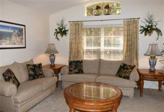 "Emerald Island Villa 3 Mi to Disney, 4 Bd/3 Ba, 60"" Tv, Private Pool, Gm Rm"