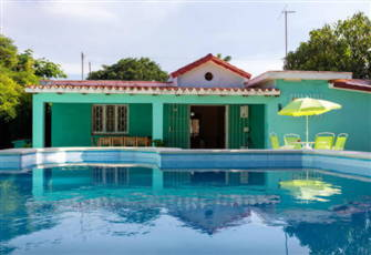Modern, with Pool, in Havana Beach!