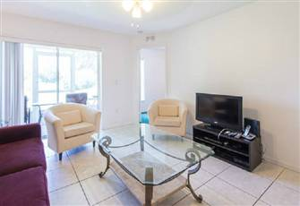 Bright 3br 2ba Condo with
