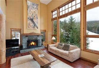 Ski in Ski out Mountainside Luxury Home Sleeps 15