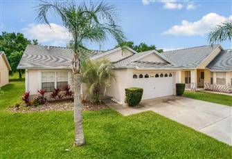 Exceptional 4 Bed Pool and Spa Home near Disney with Game Room!