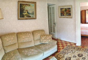 2 Bedroom House in Charming Canal Village
