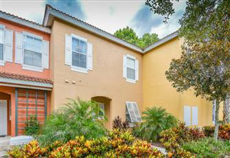 Beautiful 3 Bed Townhome in Emerald Island Resort!
