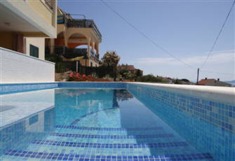 Stunning Sea View Apartment with Swimming Pool and Jacuzzi