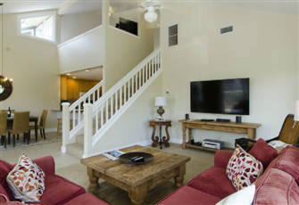 Fantastic 3 Bd, 3 Ba + Loft - 5 Minute Walk to Beach