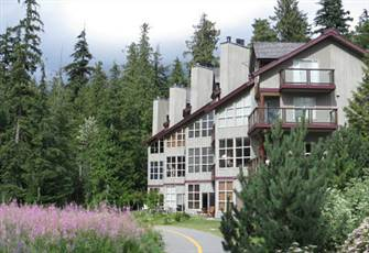 Beautiful Blackcomb Greens 2 Bedroom Townhouse