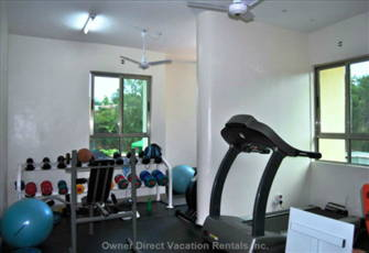 Sunset Paradise Apartments - Fitness Room