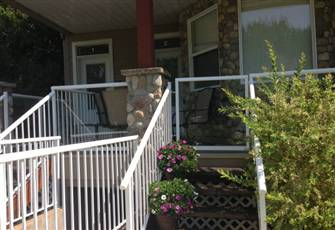 Relax in Comfort in this Four Season Condo between Mara and Shuswap Lakes.