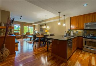 Luxurious and Spacious Three Bedroom Condo