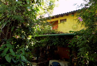 Deluxe Studio within Private Compound in Barrio Jucanya, Panajachel