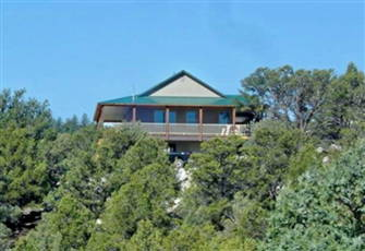 Private Luxurious Ridgetop Hideaway on 9 Acres. Between Bryce & Zion. Views. A\C