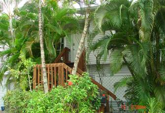 Treetops, Guest Cottage with Privacy,Imperial River Access, Kayaks, Bikes,