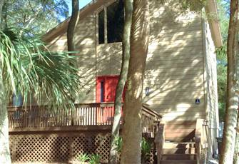 Almost Oceanfront, Close to Restaurants, Private Heated Pool, 4 Br, Sleeps 10