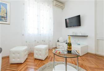 Faboluos Apartment near Beaches and City Center