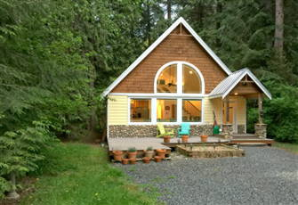 A Perfect Pet Friendly Family Retreat in Glacier, Wa!